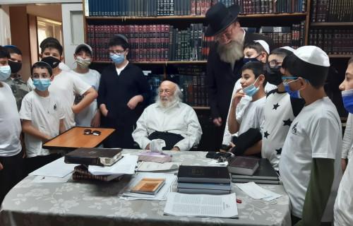 Visit-by-Rabbi-B-Porwasky