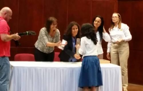 Receiving-special-award